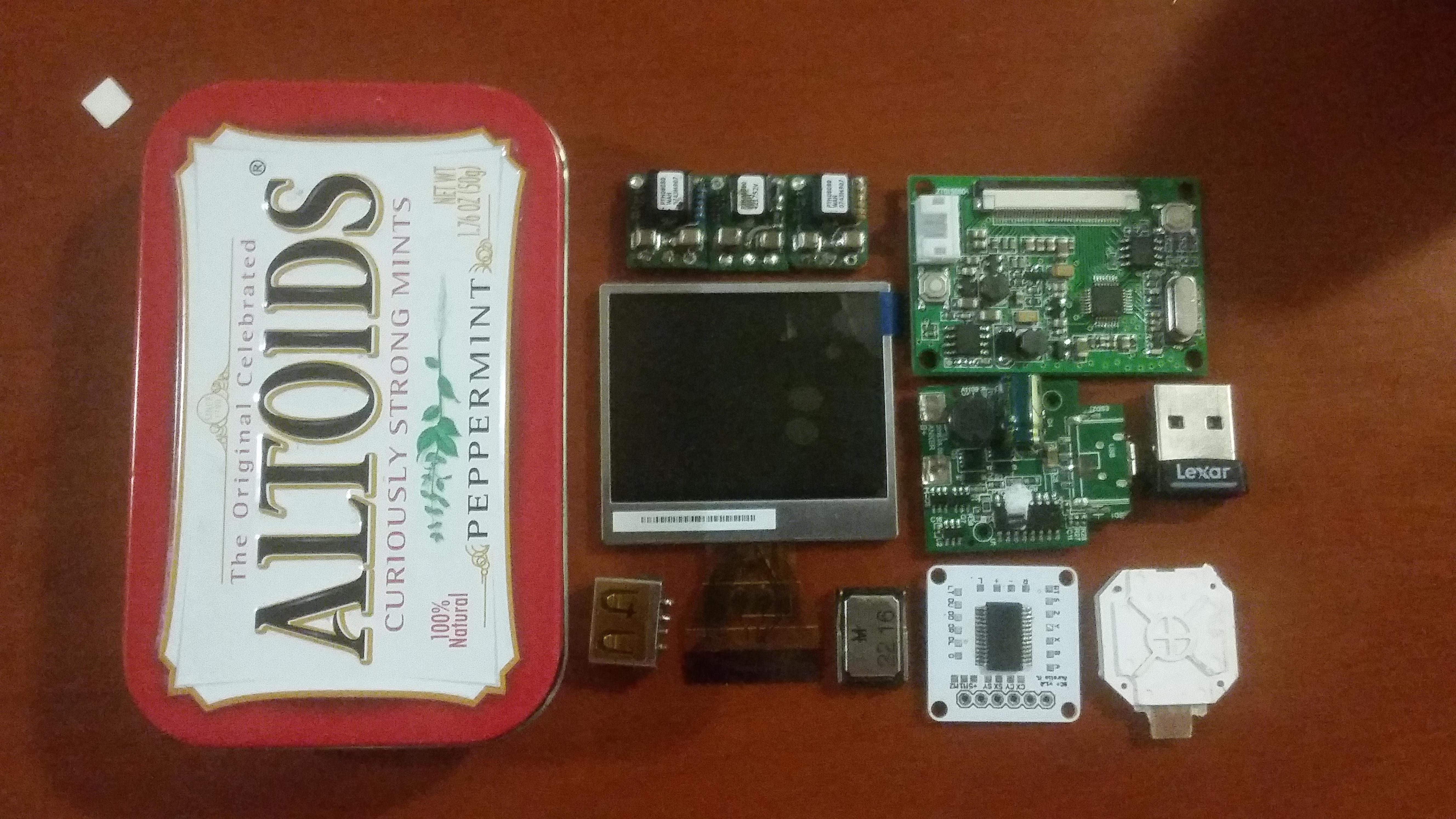 Stuff a Fully-Functional Nintendo Wii Into an Altoids Tin