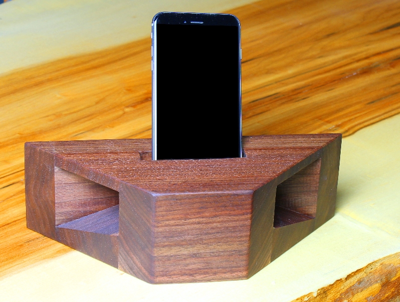 Wooden Cell Phone Amplifier/Charger